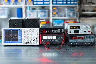 how do you calibrate a triboelectric dust detection system